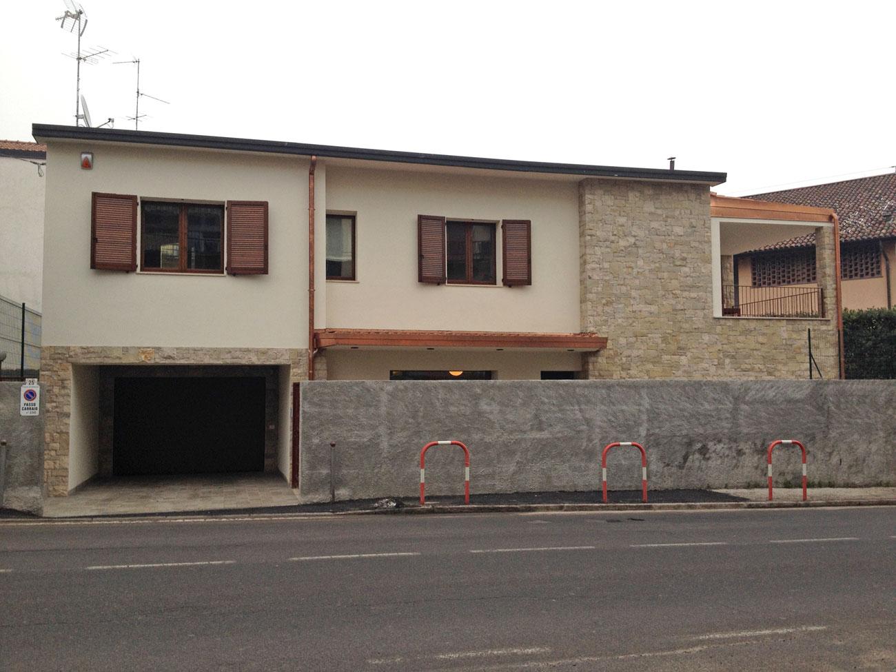 01_lato-villa-1